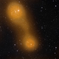 Galaxy clusters connected by gas bridge (ESA)