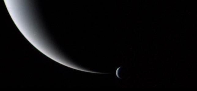 Crescent Neptune and Triton (NASA) [thumb]