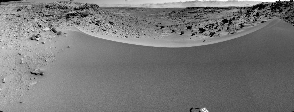 Curiosity's View Past Dune at 'Dingo Gap'